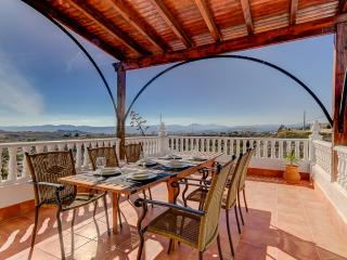 Villa Damara - Luxe appartement Granada (1-5 pers) - Albox vacation rentals