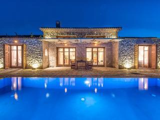 Leone Villa | Vilotel Collection - Korithi vacation rentals