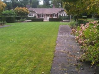 charmant cottage  3mn du golf dans jardin de 2000m - Le Touquet vacation rentals