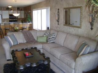 Beautiful Condo with Television and DVD Player - Osage Beach vacation rentals