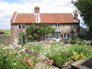 Pit Cottage, luxury coastal escape in Salthouse - Salthouse vacation rentals