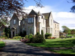 3 Bedroom Apartment, Sleeps 8 (CS5) - Kilconquhar vacation rentals
