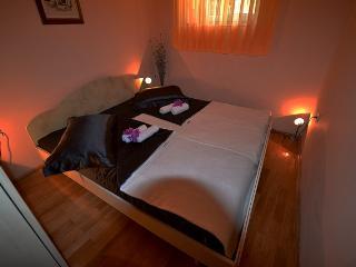 Apartman Roko 4+1 - Sv. Filip i Jakov vacation rentals