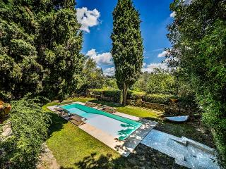Charming Villa with Internet Access and DVD Player - Galluzzo vacation rentals
