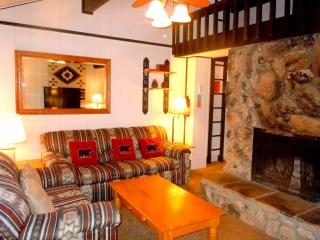 #85  2BR Townhouse w/ Spa.  Next to Snow Summit! - City of Big Bear Lake vacation rentals