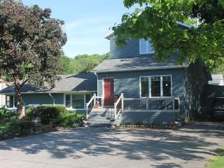 Quaint Country  Home - Queenston vacation rentals