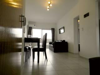 departamento con cochera centro La Plata - La Plata vacation rentals