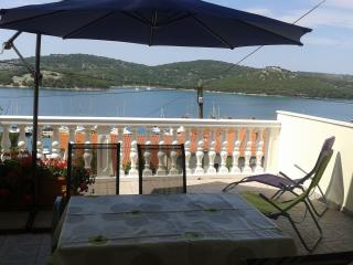 5029 A2(4+1) - Tisno - Tisno vacation rentals