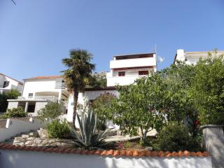 2 bedroom Apartment with Television in Murter - Murter vacation rentals