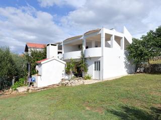 5682 A3(4) - Rtina - Rtina vacation rentals