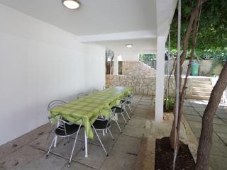 7973  A4(10+3) - Cove Pokrivenik - Pokrivenik vacation rentals
