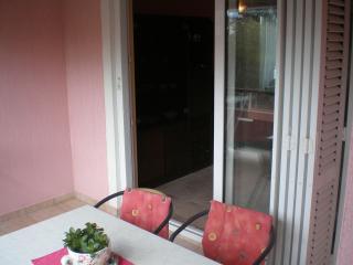 8004  A2(4+1) - Banjol - Banjol vacation rentals
