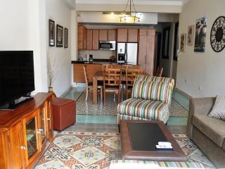 Calle Luna - Casa Betty - San Juan vacation rentals