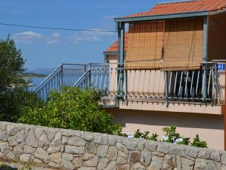 Romantic 1 bedroom Condo in Stomorska - Stomorska vacation rentals