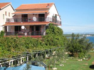 Romantic 1 bedroom Tkon Apartment with Internet Access - Tkon vacation rentals