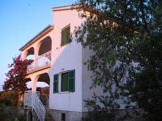 2 bedroom Condo with Television in Necujam - Necujam vacation rentals