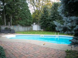 Luxury Main Floor of House for Lease in Burlington - Burlington vacation rentals