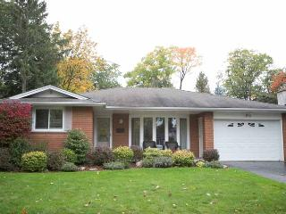 Luxury Main Floor of House for Lease in Burlington - Burlington vacation rentals