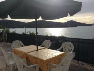 Bila A1(6) - Tisno - Tisno vacation rentals