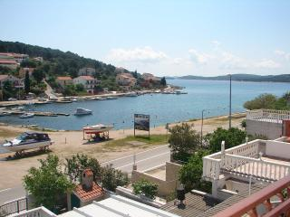 2526 A2(4) - Tisno - Tisno vacation rentals