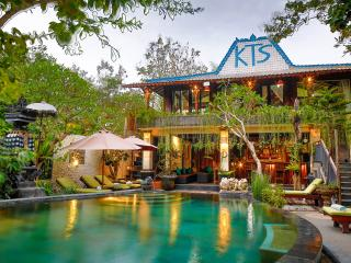 Villa KTS. Constellationn - Seminyak vacation rentals