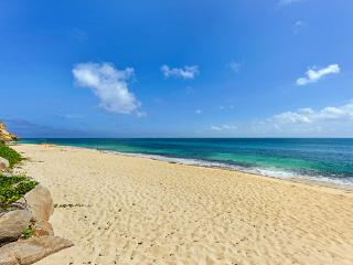 Located in a gated community with views of Baie Rouge and Anguilla. C ALM - Baie Rouge vacation rentals