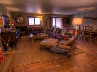 Avon Center 804, 4BD Penthouse - Avon vacation rentals