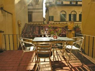 Appartamento Porta Rossa - Florence vacation rentals