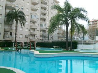 2 bedroom Apartment with A/C in Grau de Gandia - Grau de Gandia vacation rentals