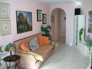 Romantic 1 bedroom Condo in Grau de Gandia - Grau de Gandia vacation rentals