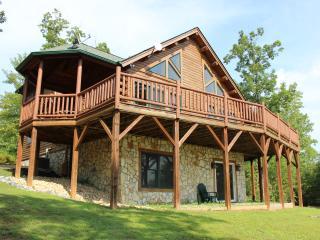 Beautiful Log Home with Resort Amenities & Views! - Lake Lure vacation rentals