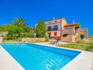 Ca'n Canai ☼ Finca rústica del XIX - Montuiri vacation rentals