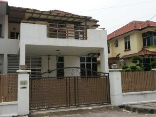 4 bedroom House with Safe in Bukit Mertajam - Bukit Mertajam vacation rentals