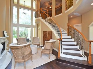 4 bedroom House with Boat Available in The Woodlands - The Woodlands vacation rentals