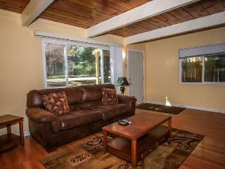 Cozy House-A, close to Ski,Lake & Village sleeps 4 - City of Big Bear Lake vacation rentals
