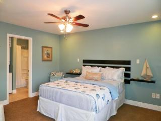Just Beachy in BIloxi  ☼ $75/Night ends today!! - Biloxi vacation rentals