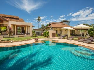 Baan Lily a stunning villa with pool and jacuzzi - Koh Samui vacation rentals