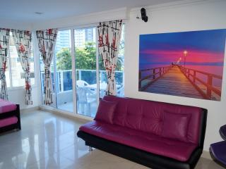 VERY NICE MODERN APARTMENT IN A TOP LOCATION - Cartagena vacation rentals