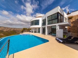Villa Priscilla, with views of Granadella beach. - Javea vacation rentals