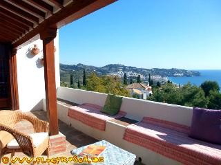 Finca León *** Private Pool *** Fantastic Sea View - La Herradura vacation rentals