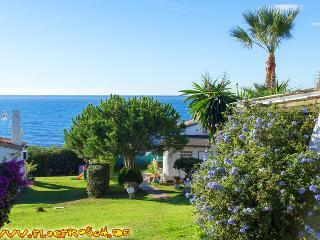 Las Buganvillas *** Villa 10a *** Beach 150 meters - La Cala de Mijas vacation rentals