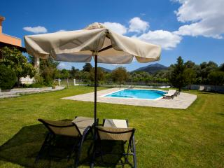 VILLA AURORA KOXARE with barbecue and private pool - Rethymnon vacation rentals