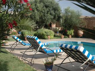 Dar Melka, riad de caractère avec piscine - Ounagha vacation rentals