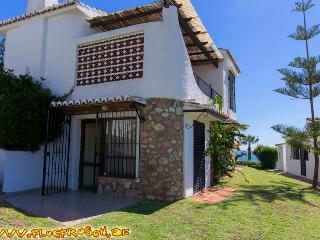 Las Buganvillas *** Villa 9a *** Beach 150 meters - La Cala de Mijas vacation rentals