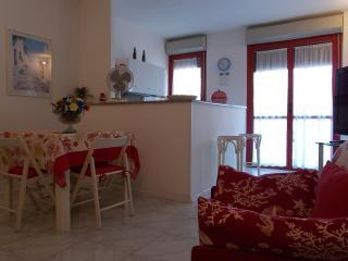 2 bedroom Condo with Television in Alghero - Alghero vacation rentals