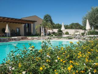 FLAT VERDE SALVIA IN VILLA SHARED-POOL - Sampieri vacation rentals