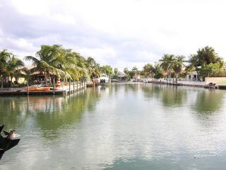 Waterfront Home, walk or bike to the Beach - Miami Beach vacation rentals