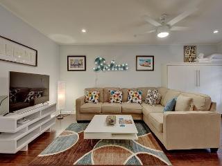 Contemporary Austin Condo in Barton Hills – Sleeps 4 - Austin vacation rentals