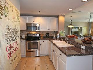 Platinum Gulf View 10th Floor 2BR/2BA, Sleeps 7 - Destin vacation rentals