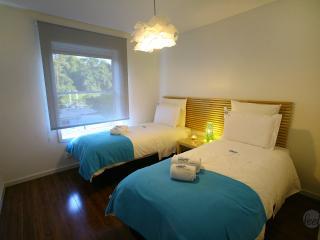 FEEL PORTO MATOSINHOS BEACH & POOL - Matosinhos vacation rentals
